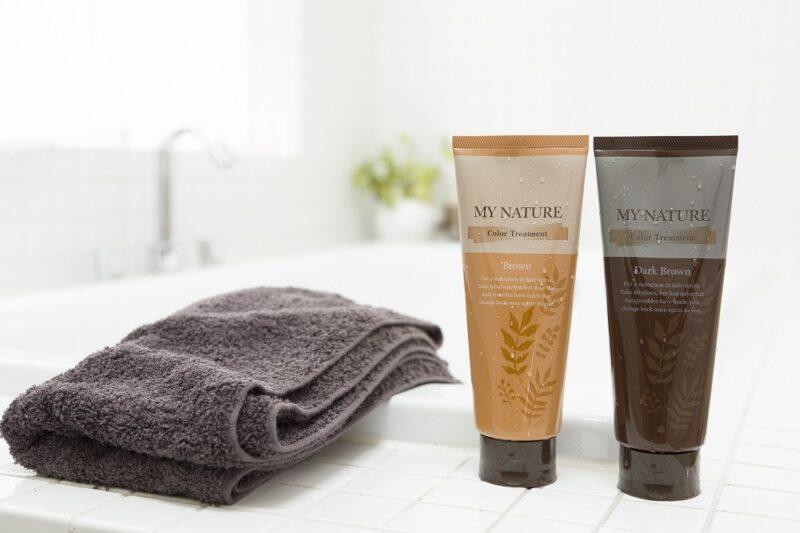 マイナチュレカラートリートメントは乾いた髪でもキレイに染められる
